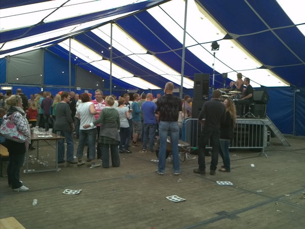 #Tent #Dorpsfeest #Wommels Zaterdagmiddag 18 juni #Littenseradiel #Friesland #Fryslan