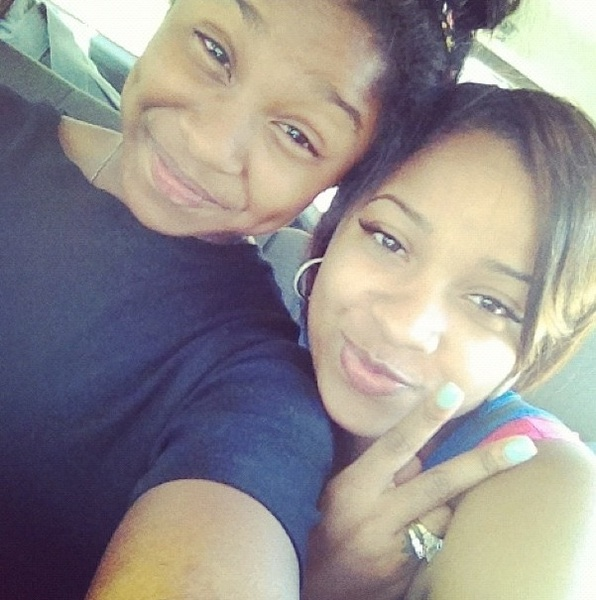 Awww! Mommy, daughter workout today! [ @ToyaWright & @reginae_carter1 ] ♡