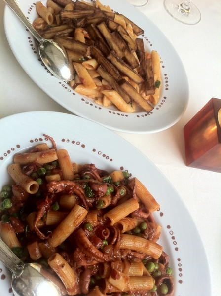 Bartolotta, Vegas: 3 seafood pastas + best bolognese ever!