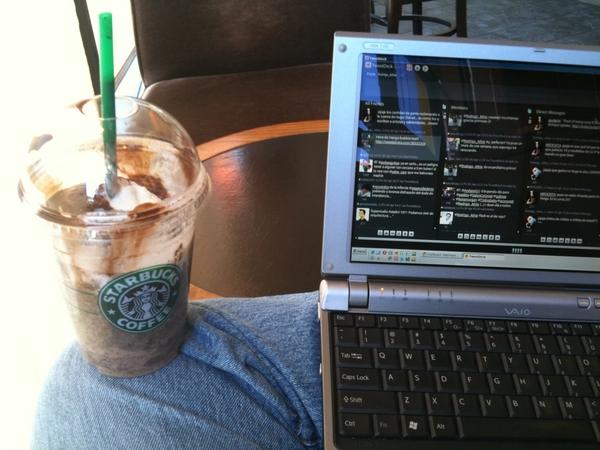 Hoy presentamos: cosa chocolatosa en el Starbucks