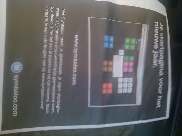 Paginagroot op achterkant de pers adv voor #symbaloo