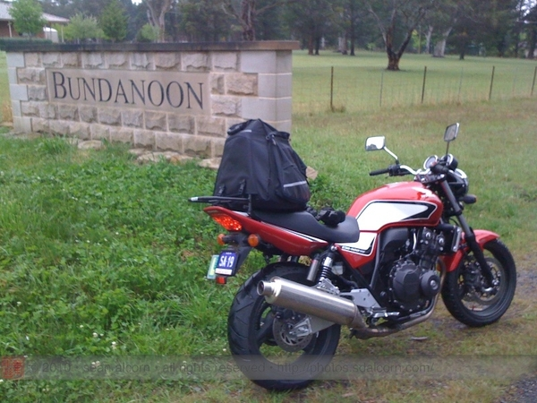 The girl and I coming back from Canberra on the Old Hume Highway! :)