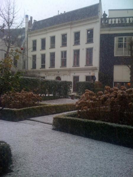 Slowly snow in Amsterdam