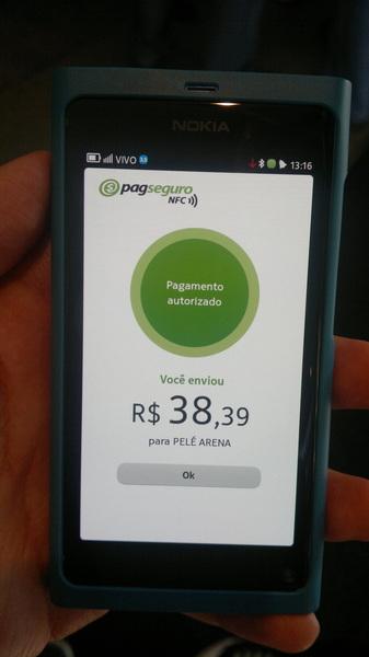 Almoço no Café Pelé pago com meu celular e debitado direto no meu Visa. #PagSeguroNFC
