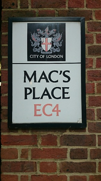 The alleyway next to @miss_mcinerney's #FOI tribunal this week is called Mac's Place.
